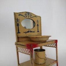 Juguetes antiguos de hojalata: LAVABO TOCADOR EN HOJALATA PINTADA POSIBLE HISPANIA DENIA AÑOS 20. Lote 241012540