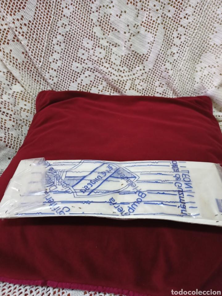 Juguetes antiguos de hojalata: Antiguo juego de bólidos.Son de hojalata - Foto 3 - 275844533