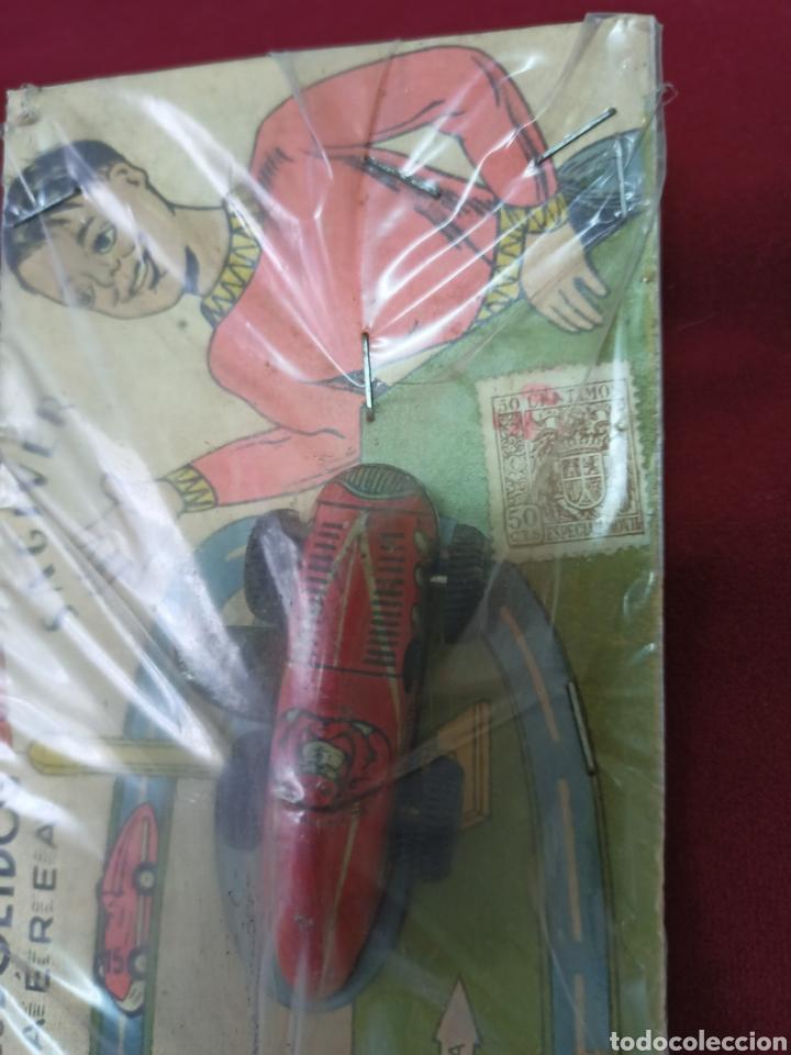 Juguetes antiguos de hojalata: Antiguo juego de bólidos.Son de hojalata - Foto 4 - 275844533