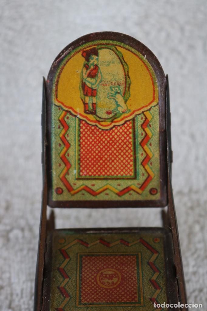 Juguetes antiguos de hojalata: MECEDORA DE HOJALATA LITOGRAFIADA - RICO R.S.A. - 10 CM. ALTO - AÑOS 30 - Foto 5 - 283307463