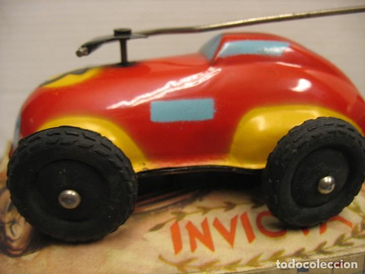 Juguetes antiguos de hojalata: invicta ,coches de carreras años 40 - Foto 8 - 283659698