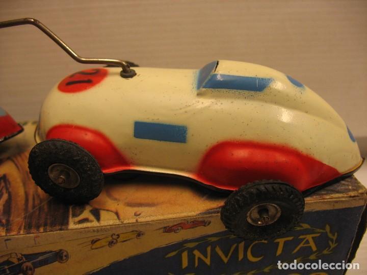 Juguetes antiguos de hojalata: invicta ,coches de carreras años 40 - Foto 9 - 283659698