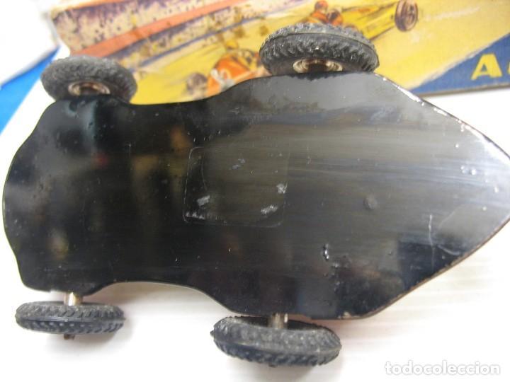Juguetes antiguos de hojalata: invicta ,coches de carreras años 40 - Foto 13 - 283659698