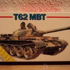 Modelos a escala: MAQUETA T62 MBT, ESCALA 1/72, MARCA ESCI.-. Lote 26408001