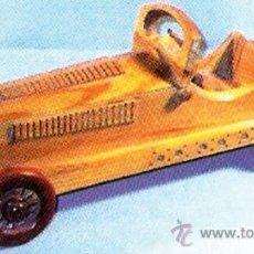 Modelos a escala: AUTOMOVIL -MERCEDES SSKL 1931- EN MADERA TALLADA Y PINTADA A MANO. MARCA -SIGRIS- ESPAÑOL. 37,5 C. Lote 32045625