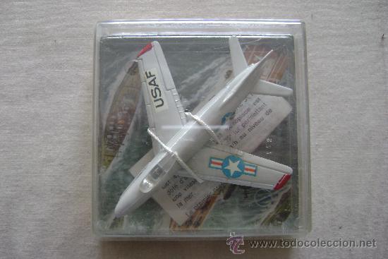 AVION DE METAL PLAYME F 86 SABRE JET .REFª112.EN SU CAJA (Juguetes - Modelos a escala)