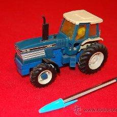 Modelos a escala - Tractor de metal de la casa Britanis. - 37814994