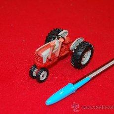 Modelos a escala - Tractor de metal, Ford, de la casa ERTL. - 37972816