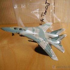 Modelos a escala: MAISTO ---- AVION F-14 TOMCAT. Lote 41559203