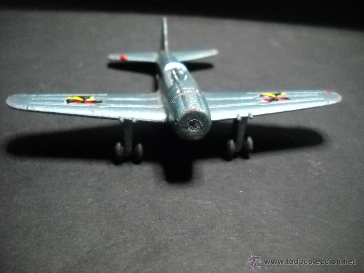 AVION PILEN ZERO M. 702 (Juguetes - Modelos a escala)