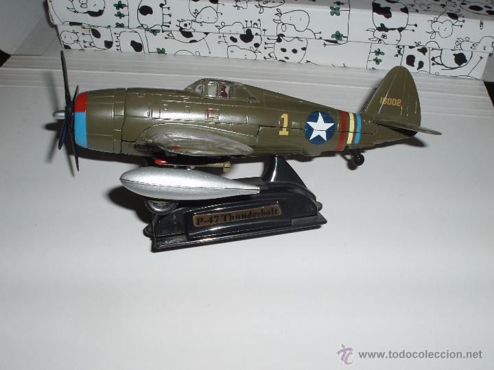 AVION DE COMBATE MILITAR II GUERRA MUNDIAL ESCALA P-47 THUNDERBOLT METAL (Juguetes - Modelos a escala)