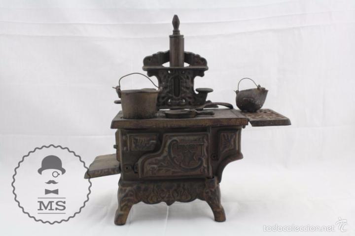 Modelos a escala: Antigua Cocina / Cocinita de Carbón de Juguete - Crescent - Hierro - Años 40-50 - 31 x 15 x 31 cm - Foto 2 - 57150039