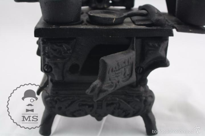 Modelos a escala: Antigua Cocina / Cocinita de Carbón de Juguete - Hierro - Medidas 16 x 11 x 22 cm - Foto 5 - 57150492