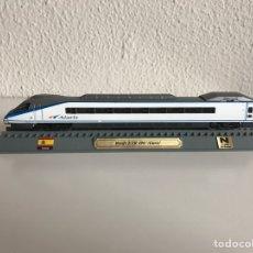 Modelos a escala: LOCOMOTORA TREN ESPAÑOL ETR 490 ALARIS. Lote 74086347