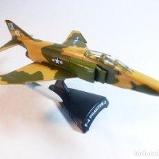 Modelos a escala: AVIÓN F-4 PHANTOM II. DEL PRADO. ESCALA 1:145. METÁLICO CON SOPORTE PLÁSTICO.. Lote 93695195