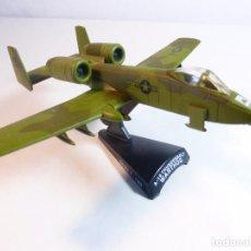 Modelos a escala: AVIÓN A-10 THUNDERBOLT WARTHOG. DEL PRADO. ESCALA 1:140. METÁLICO CON SOPORTE PLÁSTICO. Lote 93697495