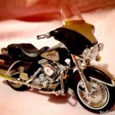 Modelos a escala: MOTO HARLEY DAVIDSON 1998 FLHT ELECTRA GLIDE, DE MAISTO . Lote 95513567