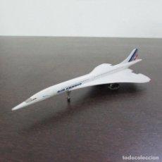 Modelos a escala: AVIÓN REPRODUCCIÓN EN METAL A ESCALA DEL CORCORDE DE AIR FRANCE. Lote 96016107