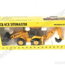 Modelos a escala: RETROEXCAVADORA JCB4CX SITEMASTER - 1:35 JOAL. Lote 97276855