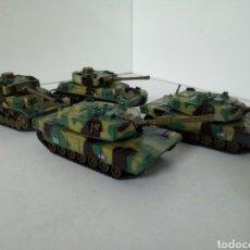 Modelos a escala: LOTE DE 4 TANQUES AMERICANOS, 2 MODELOS, A CUERDA CON MOVIMIENTO AUTOMATICO DE CAÑON. Lote 97936226