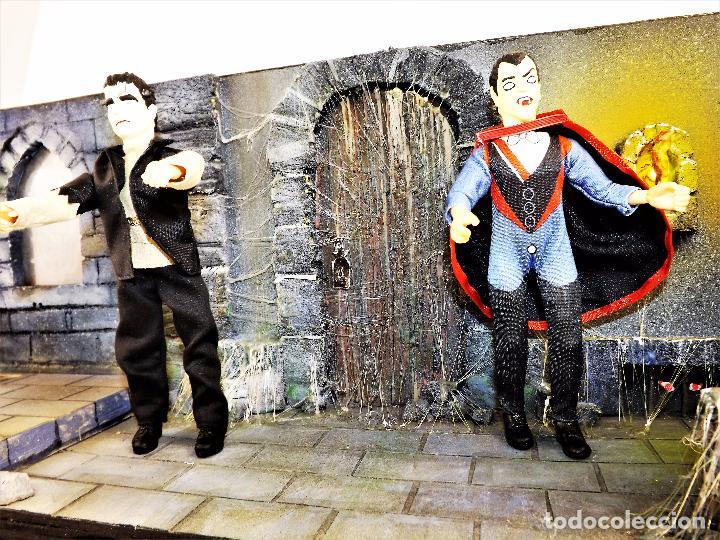 Modelos a escala: Madelmania y Obradoiro Diorama monstruos del cine (Pieza única) - Foto 2 - 99427435
