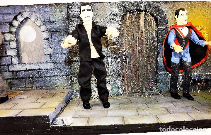 Modelos a escala: Madelmania y Obradoiro Diorama monstruos del cine (Pieza única) - Foto 4 - 99427435