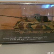 Modelos a escala: TANQUE PANZERKAMPFWAGEN TIGER AUSF B. Lote 150126398