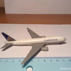Modelos a escala: AVION COMERCIAL CONTINENTAL AIRLINES BOEING 777 B-777 FIGURA METAL AEREO LINEA. Lote 113601779