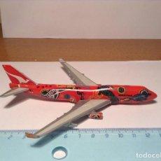 Modelos a escala: AVION COMERCIAL QANTAS AIRLINES BOEING 747-400 WUNALA DREAMING FIGURA METAL AEREO LINEA. Lote 113605387
