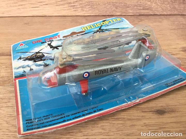 DIE CAST Helicopter Modelo metalico a escala 1/120 ( En su blister )