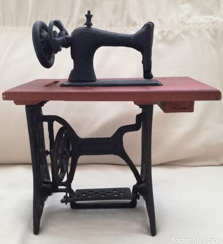 Modelos a escala: Maquina de Coser Juguete. - Foto 3 - 122213268