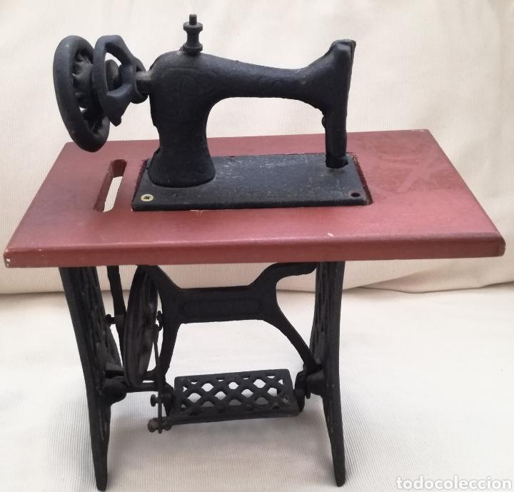 Modelos a escala: Maquina de Coser Juguete. - Foto 4 - 122213268