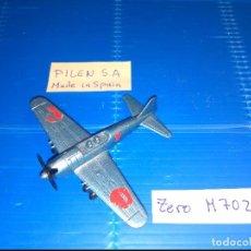 Modelos a escala: PILEN M. 702 AVION CAZA AZUL METALIZADO ZERO CIRCULO ROJO JAPON CON 4 AMETRALLA. Y HELICE 3 ASPAS. Lote 123130191