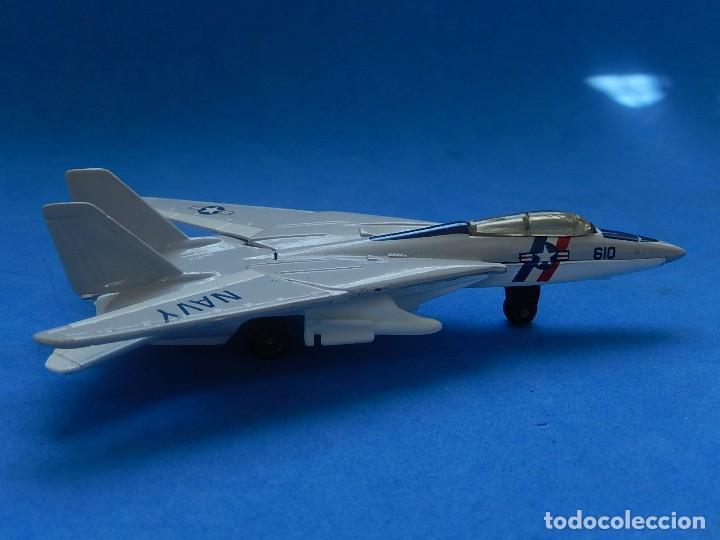 Modelos a escala: Pequeño avión. Grumman F-14 Tomcat. SB 30. Matchbox. 1989. Fabricado en Tailandia. - Foto 2 - 129545055