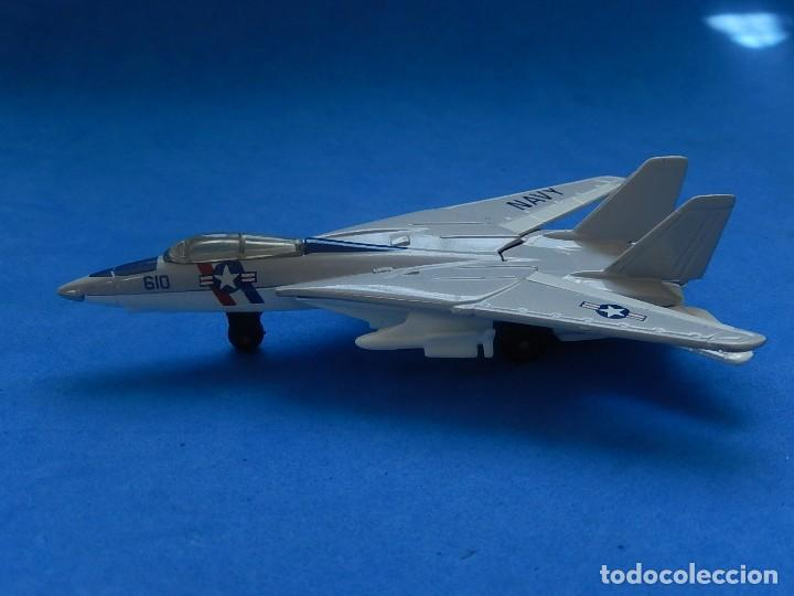 Modelos a escala: Pequeño avión. Grumman F-14 Tomcat. SB 30. Matchbox. 1989. Fabricado en Tailandia. - Foto 6 - 129545055