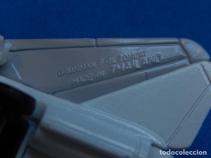 Modelos a escala: Pequeño avión. Grumman F-14 Tomcat. SB 30. Matchbox. 1989. Fabricado en Tailandia. - Foto 15 - 129545055