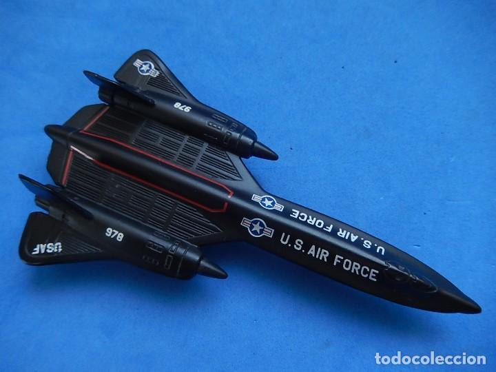Modelos a escala: Pequeño avión. USAF. SR-71 BlackBird. Matchbox. SB 29. 1989. Fabricado en Tailandia. - Foto 18 - 129546479