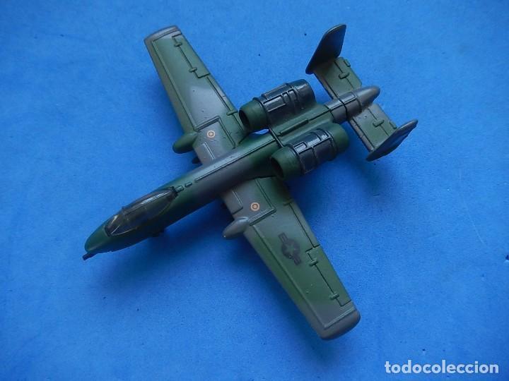 PEQUEÑO AVIÓN. A-10 FAIRCHILD THUNDERBOLT. MATCHBOX. SB 32. 1989. FABRICADO EN MACAU. (Juguetes - Modelos a escala)