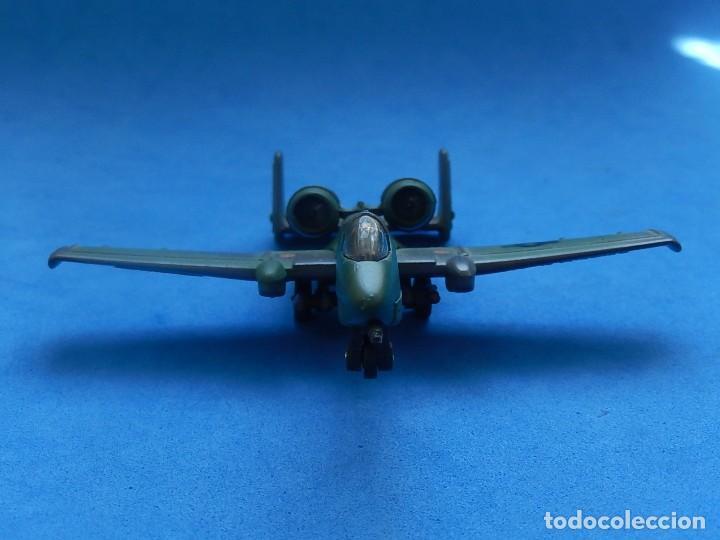Modelos a escala: Pequeño avión. A-10 Fairchild Thunderbolt. Matchbox. SB 32. 1989. Fabricado en Macau. - Foto 3 - 129547459