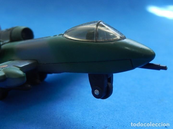 Modelos a escala: Pequeño avión. A-10 Fairchild Thunderbolt. Matchbox. SB 32. 1989. Fabricado en Macau. - Foto 4 - 129547459