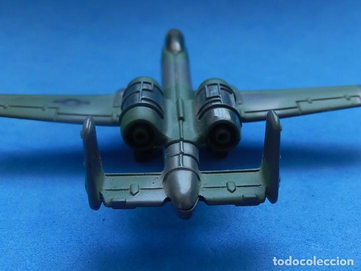 Modelos a escala: Pequeño avión. A-10 Fairchild Thunderbolt. Matchbox. SB 32. 1989. Fabricado en Macau. - Foto 6 - 129547459