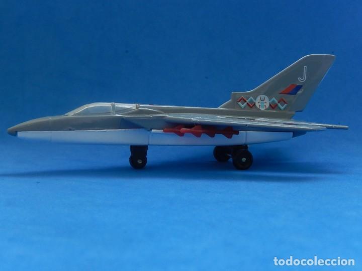 Modelos a escala: Pequeño avión. Tornado F132. Matchbox. SB 22. 1977. Fabricado en Tailandia. - Foto 2 - 129548051