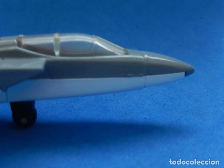 Modelos a escala: Pequeño avión. Tornado F132. Matchbox. SB 22. 1977. Fabricado en Tailandia. - Foto 9 - 129548051