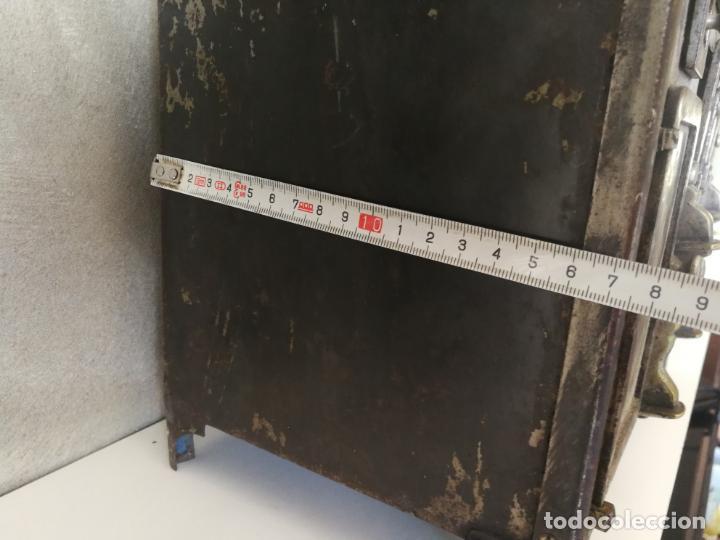 Modelos a escala: ANTIGUA COCINA DE JUGUETE ECONÓMICA DE HIERRO FUNDIDO Y LATON - Foto 24 - 130682699