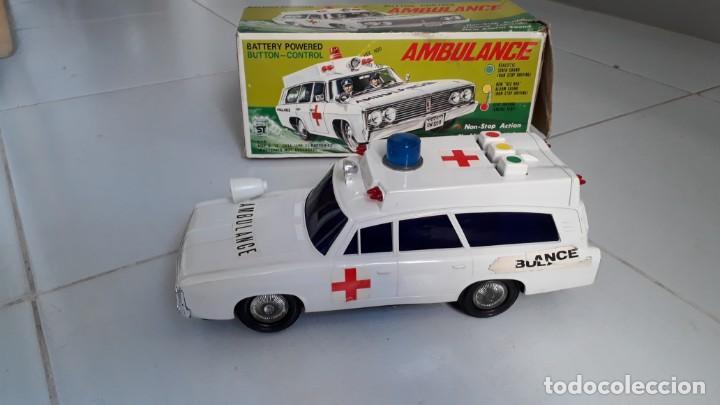 Modelos a escala: Coche de juguete antiguo ambulancia trade mark alps toy car ambulance made in japan años60 seat 1400 - Foto 5 - 133568830