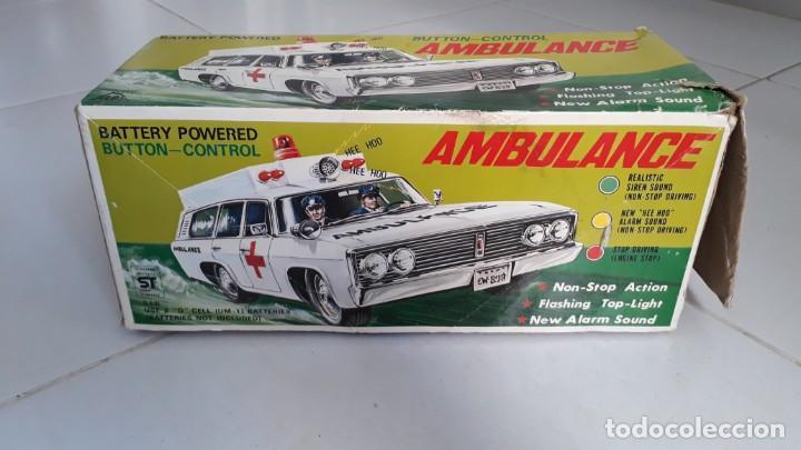 Modelos a escala: Coche de juguete antiguo ambulancia trade mark alps toy car ambulance made in japan años60 seat 1400 - Foto 7 - 133568830