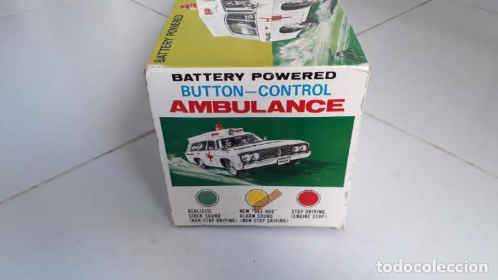 Modelos a escala: Coche de juguete antiguo ambulancia trade mark alps toy car ambulance made in japan años60 seat 1400 - Foto 9 - 133568830