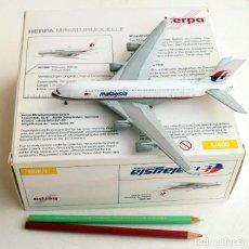 Modelos a escala: HERPA 1:400 • GRAN AIRBUS A380-800 MALAYSIA AIRLINES (18 X 20 CM) • METÁLICO ESCALA 1/400. Lote 138695826