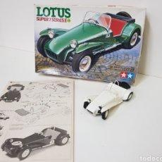 Modelos a escala: 1984 - TAMIYA - LOTUS SUPER 7 SERIES II - MAQUETA COCHE ANTIGUA. Lote 139299561