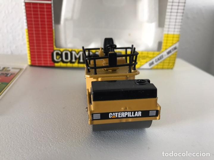 Modelos a escala: Preciosa máquina compactadora CAT Joal 1:50 - Foto 3 - 145601622